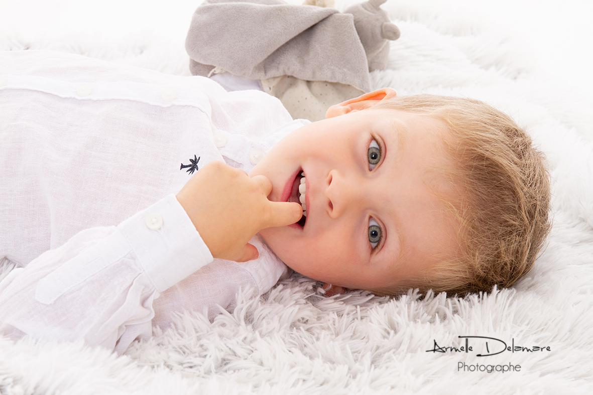 Armelle Delamare Photographe Pavilly Photographie séance photo bébé couple famille